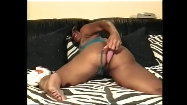 Lonely girl Janet Jacme has a pink vibrator and she likes to fuck in bed Thumb
