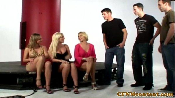 CFNM babes sucking gloryhole cock