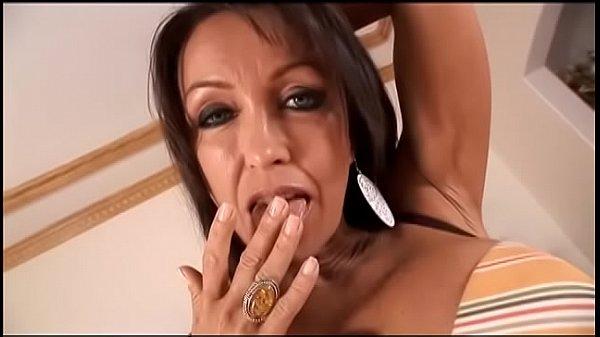 Busty brunette milf Kristina Cross enjoys cheat...