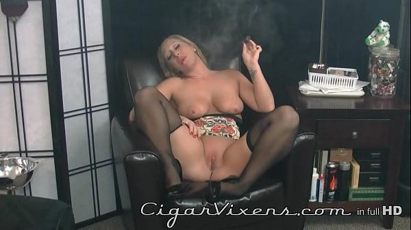 Crystal Frost, Cigar Vixens, Full Video