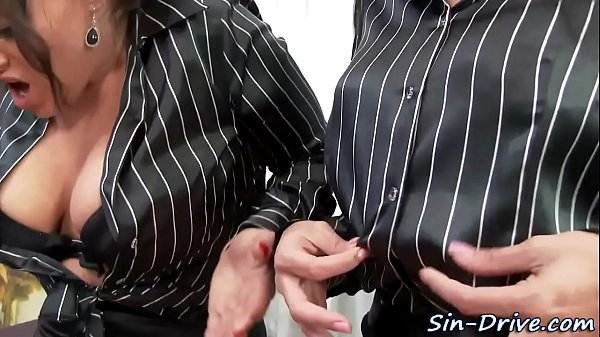 Les domina ass fisted