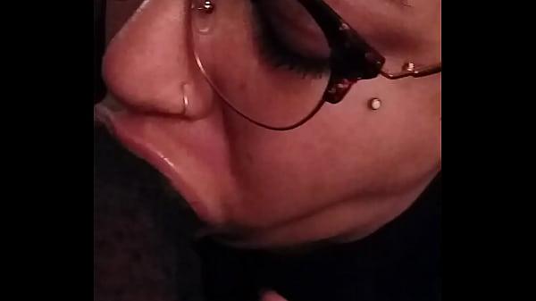 Nerdy fiancee deepthroats