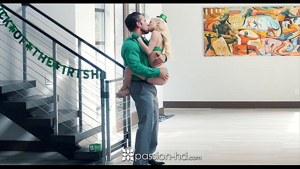 Passion-HD - Petite blonde Piper Perri fucks on St-Patrick's Day