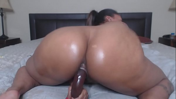 Ass Claps and Dildo Ride