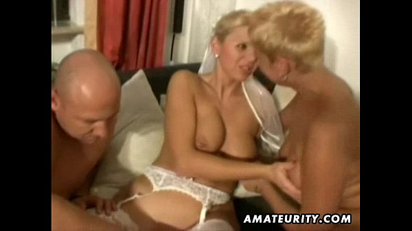 Amateur homemade threesome with nasty Milfs