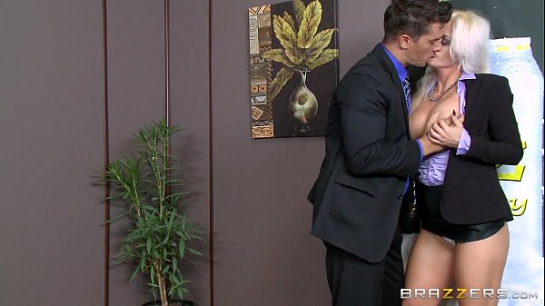 Brazzers - Holly Heart - Big Tits at Work