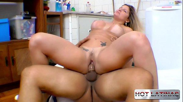 Fucking the maid's ass in the living room - Alessandra Dias - Tony Tigrão - -