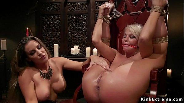 Brunette lezdom anal fucks blonde Milf