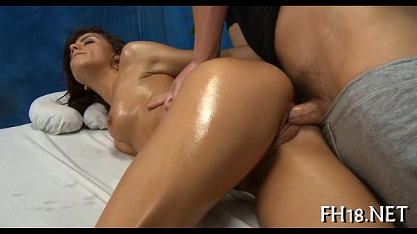 Sexy 18 year old gril acquires screwed hard