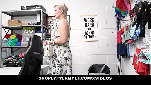 Blonde Milf shoplifter Ryan Keely doing anal fo...