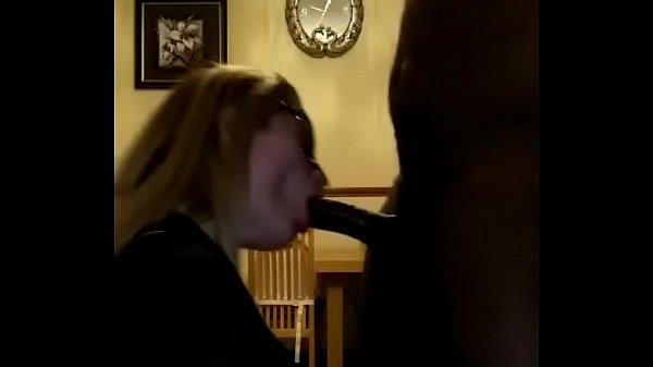 White girl suck dick good good mouth
