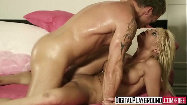 Cute blonde (Riley Steele) gets fucked by her step dad - Digital Playground
