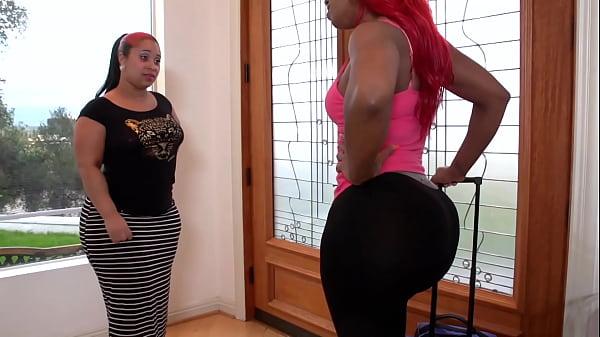 HD big ass lesbians - ebony strapon