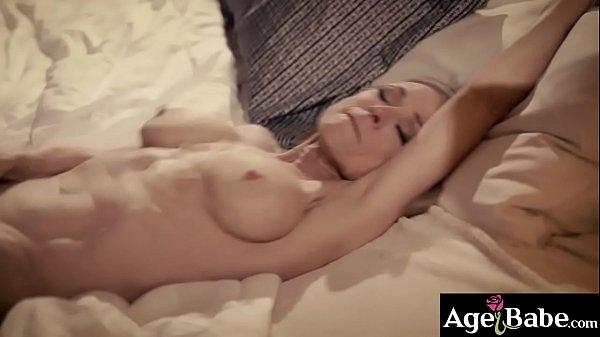 Justin Hunt feels horny after he met this seduc...