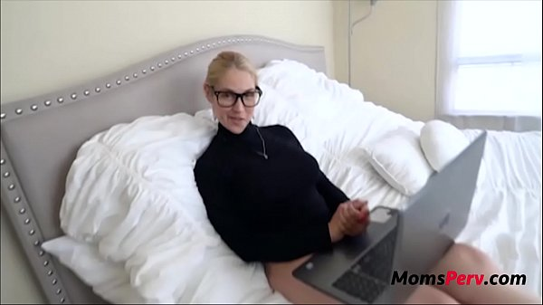 Nerd Workaholic Mom Fucks Son- Sarah Vandella