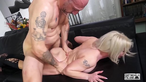 CASTING ALLA ITALIANA - #Alessia Di Pessaro - Intense Anal Sex For Hot Italian MILF
