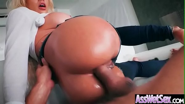 Luna Star) Slut Big Ass Girl Get Oiled And Nailed Deep In Her Behind vid-17