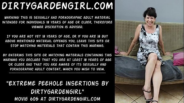 Extreme sounding peehole insertions by Dirtygardengirl