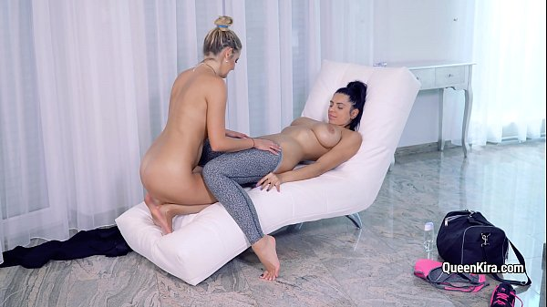Kira Queen hot lesbo action with busty blonde