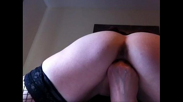Fingering my pussy and arse on all fours before cumming hard