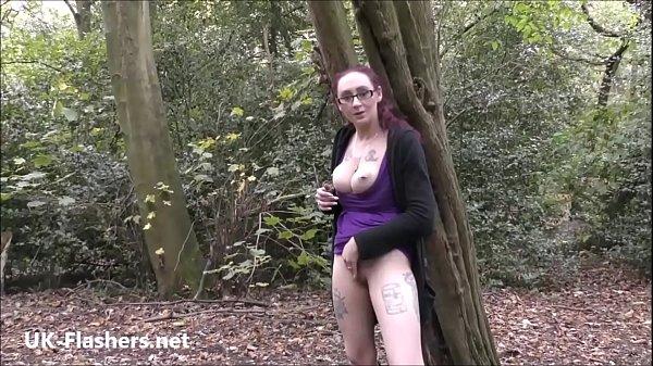 Amateur flasher Demona Dragons outdoor exhibitionism and public masturbation