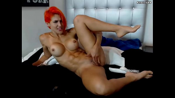 Fitness Redhead Cam Girl Thumb