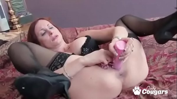 Redhead MILF Stacy Opens Her Pussy Wide & Stick...