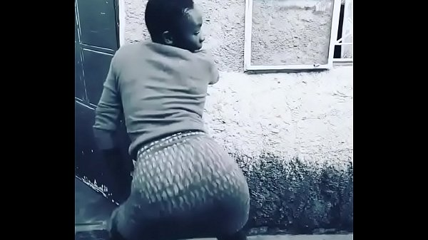 African young girl dance