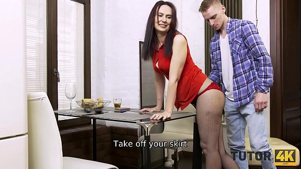 TUTOR4K. Man left girlfriend alone because ther...