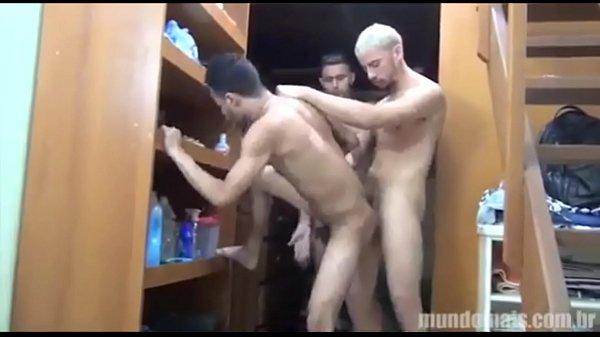Dando pra 2 roludos