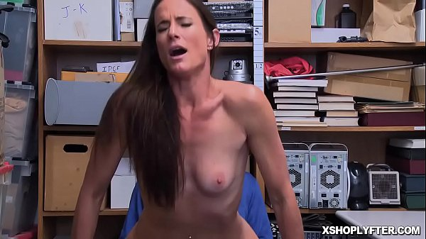 Shoplyfter Sofie Maries pussy bounces on top of the LP Officer