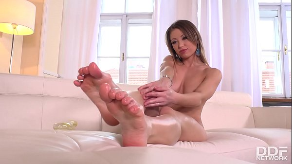 Dreamy looks and horny thoughts makes Vera Wonder go foot fetish in 4K