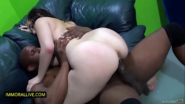 SUPER HUGE NATURAL TITS TEEN PUSSY STRETCHED MASSIVE EBONY MISSLE - Noelle Easton Pounded by Prince Thumb