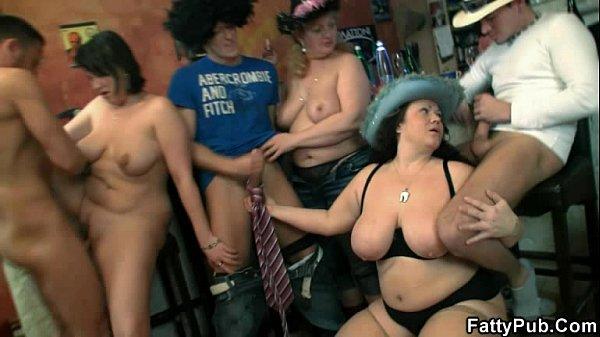 Nutte Muschisaft Geile Partysex