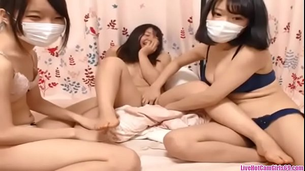 Japanese threesom girls mess around on cam, liv...