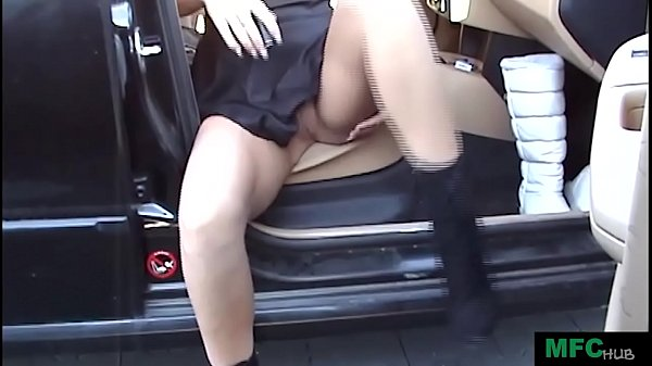 Ailleen public parking masturbation