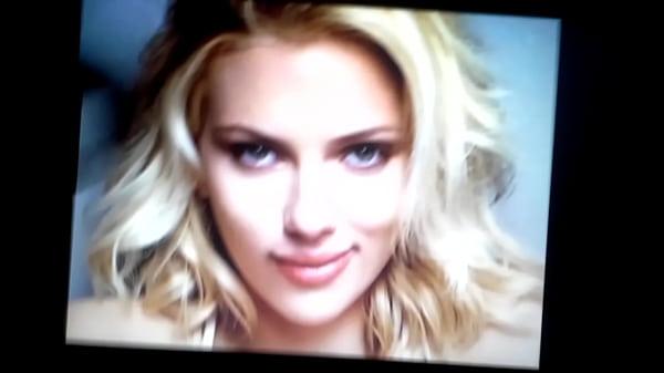 Johansson cum scarlett Scarlett !