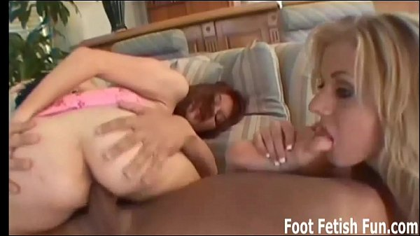 Suck on Mandy Taylors toes