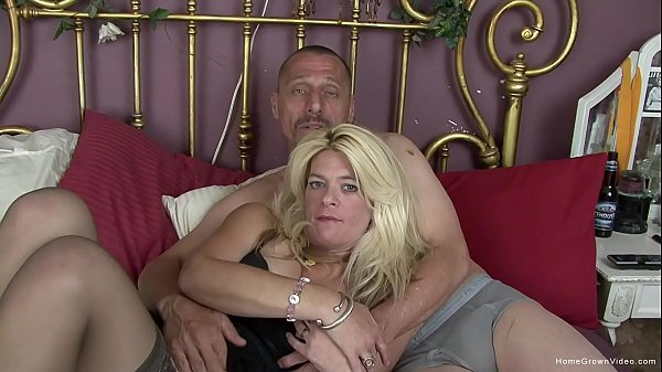 Horny mature couple make their first homemade video Thumb