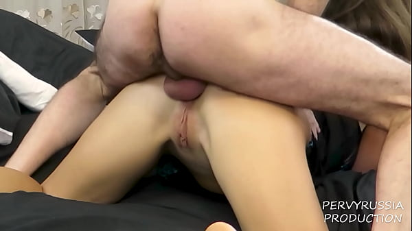 Stepdaughter gets her FIRST ANAL