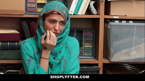 Shoplyfter- Hot Muslim Teen (Audrey Royal) Caught & Harassed