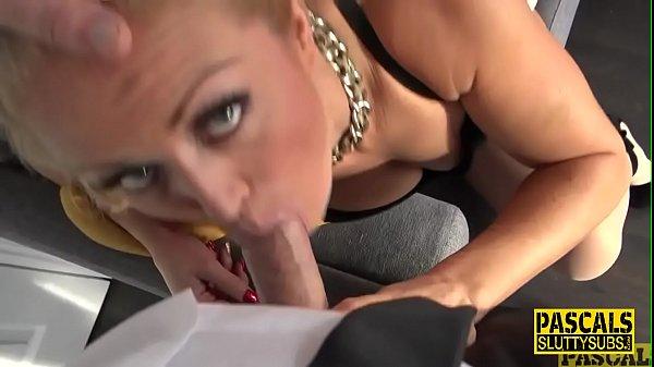 Deep throating kinky milf Rebecca Smyth