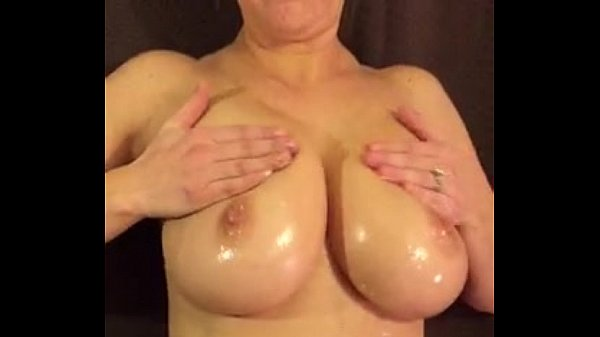 Busty Wife Huge Boobs