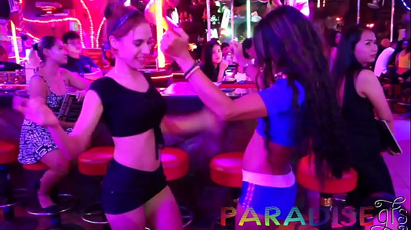 Paradise Gfs - Twins party on vacation and gett...