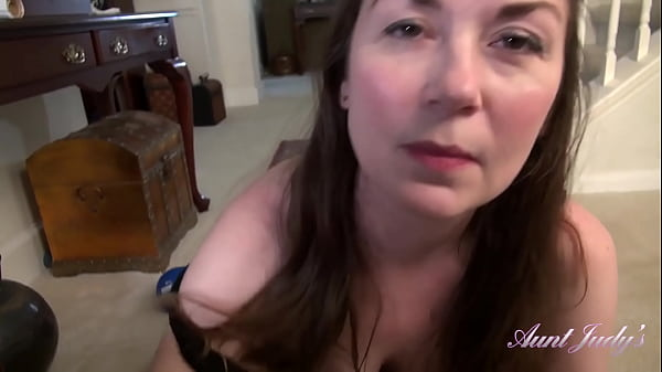 AuntJudys - Doing Yoga with 42yr-old MILF Isabella (Virtual POV) Thumb