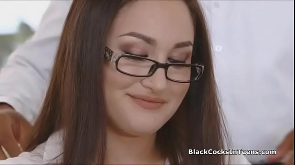 Rimjob and bbc deepthroat with secretary Thumb