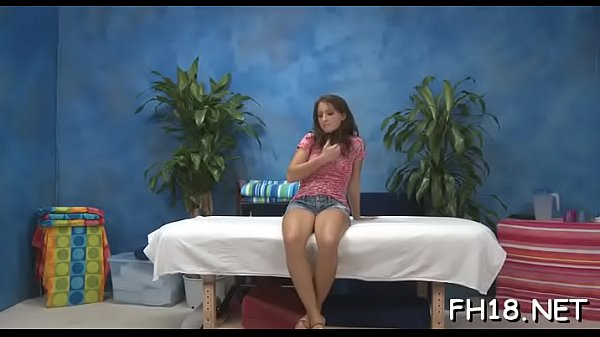Adorable Lizz Taylor blows tool ready for sex