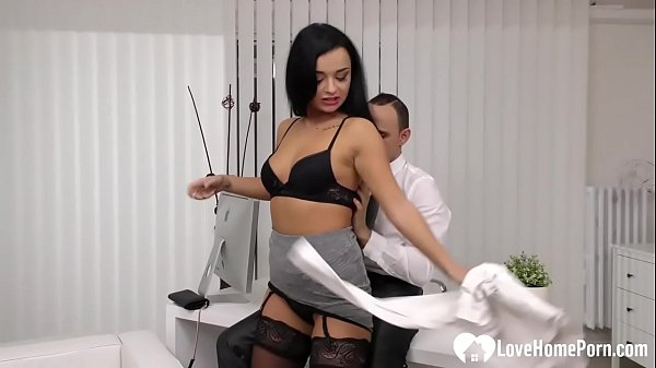 Amazing babe in stockings gets shafted hard Thumb