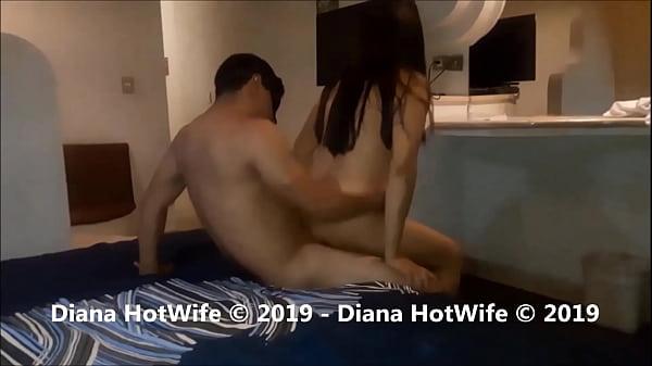 Deliciosa noche de Cuckold, orgasmos y gemidos llenos de placer: Diana Hotwife Thumb
