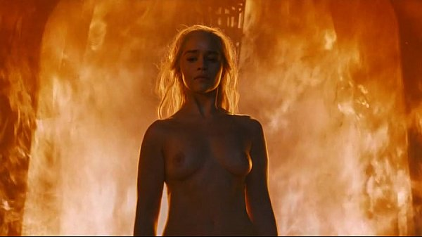 Emilia Clarke – Game of Thrones s06e04 Thumb